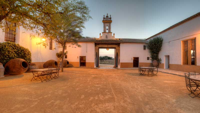 Hacienda Los Angeles Patio exterior